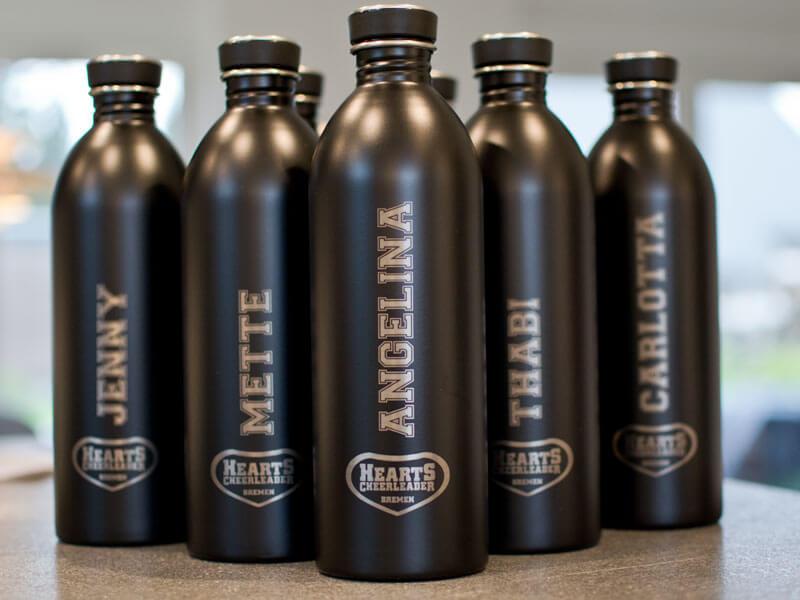 Trinkflaschen als Teamgeschenk